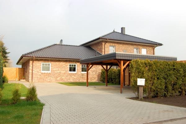 T.R.G. Stadthaus - 002-B