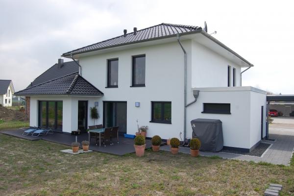 T.R.G. Stadthaus - 001-C